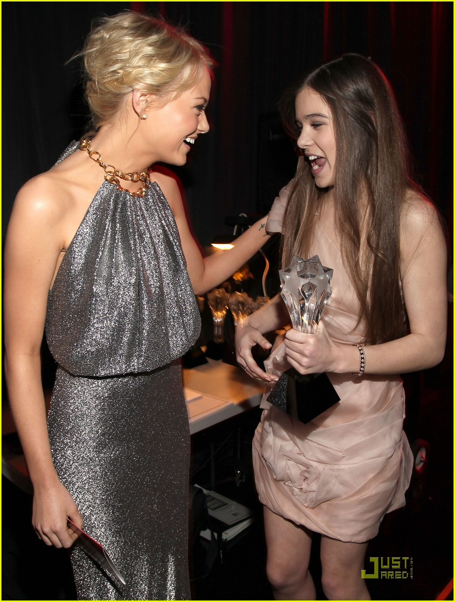 jennifer lawrence hailee steinfeld critics choice awards 15
