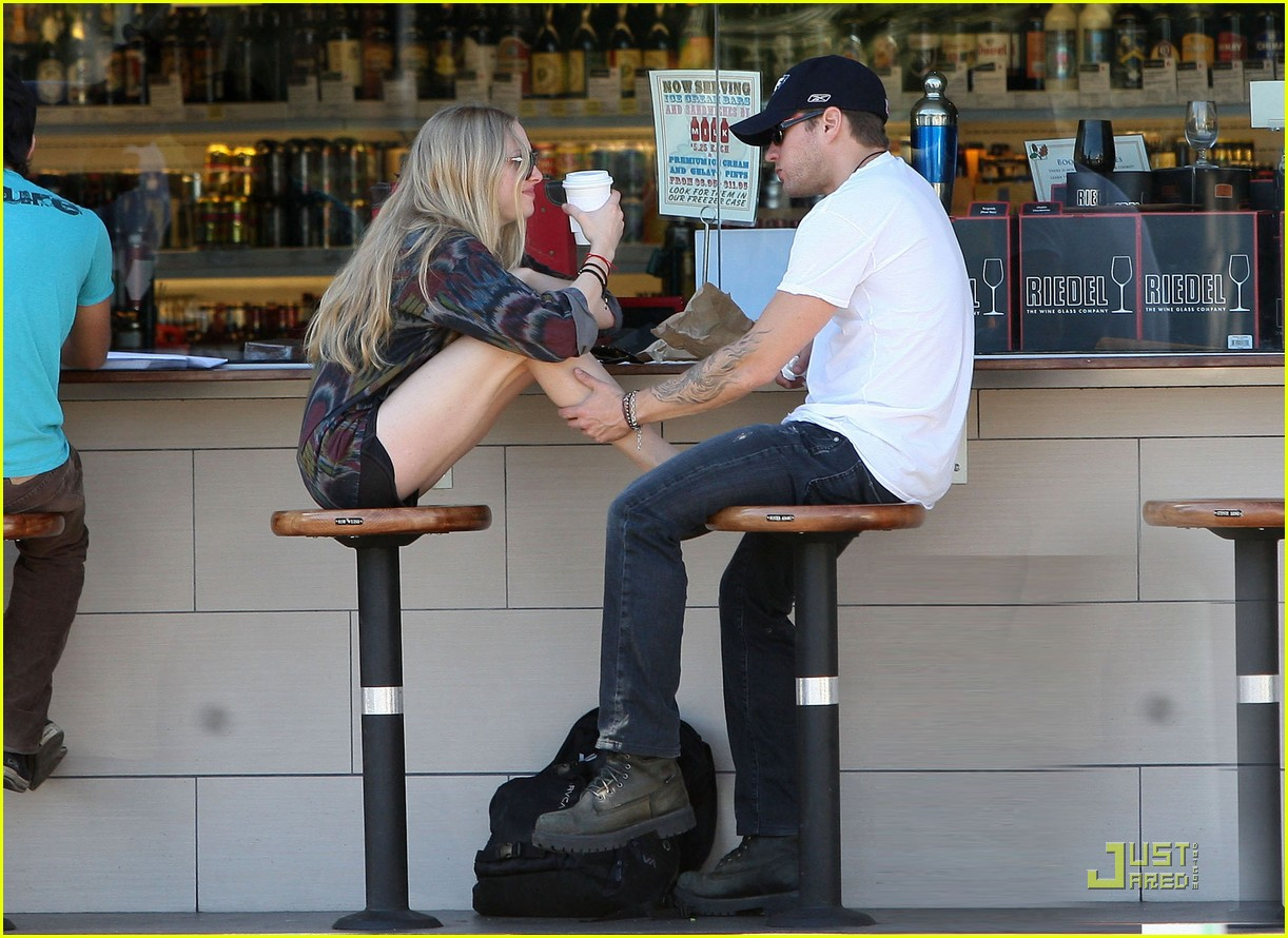 Ryan phillippe who is he dating 6