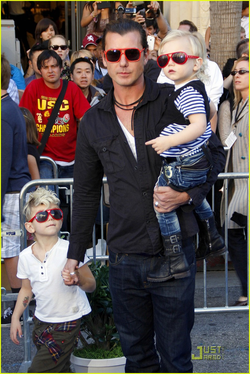 gavin rossdale kingston zuma gnomeo juliet premiere 01