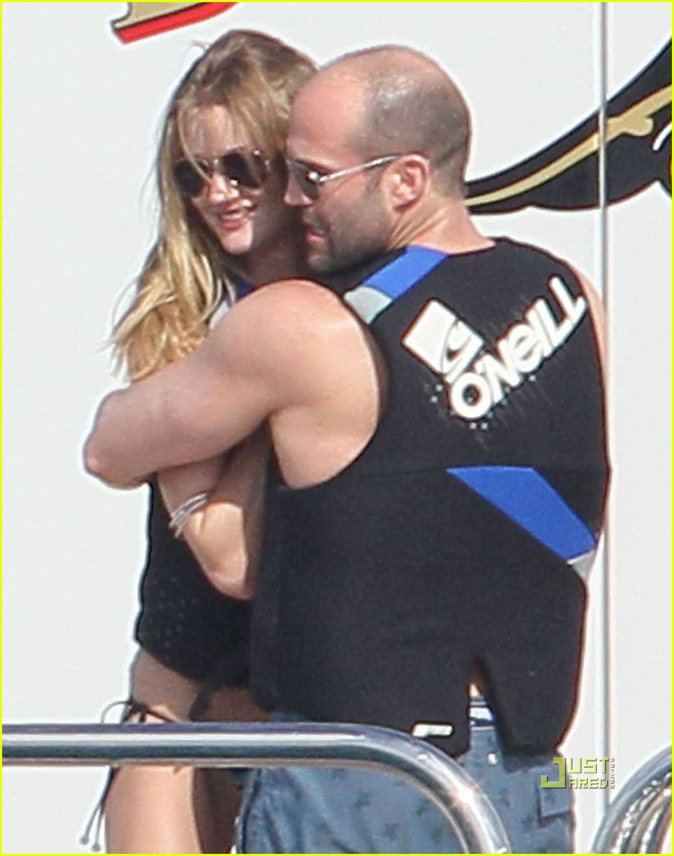 rosie huntington whiteley jason statham jet ski 07