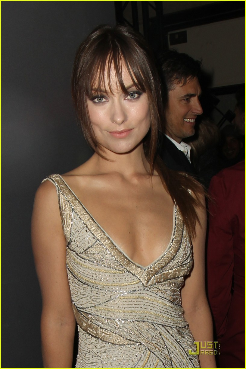 olivia wilde armani prive front row 03
