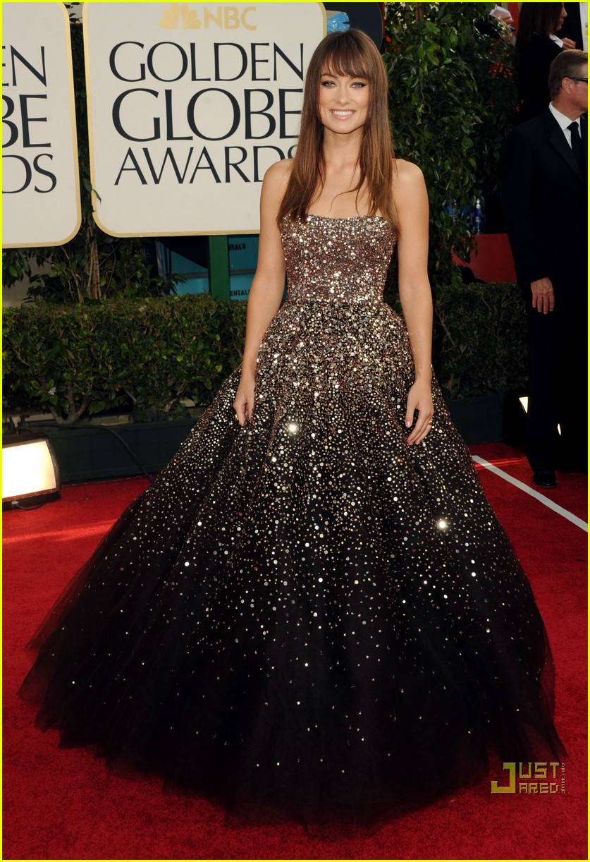 olivia wilde golden globes red carpet 2011 01