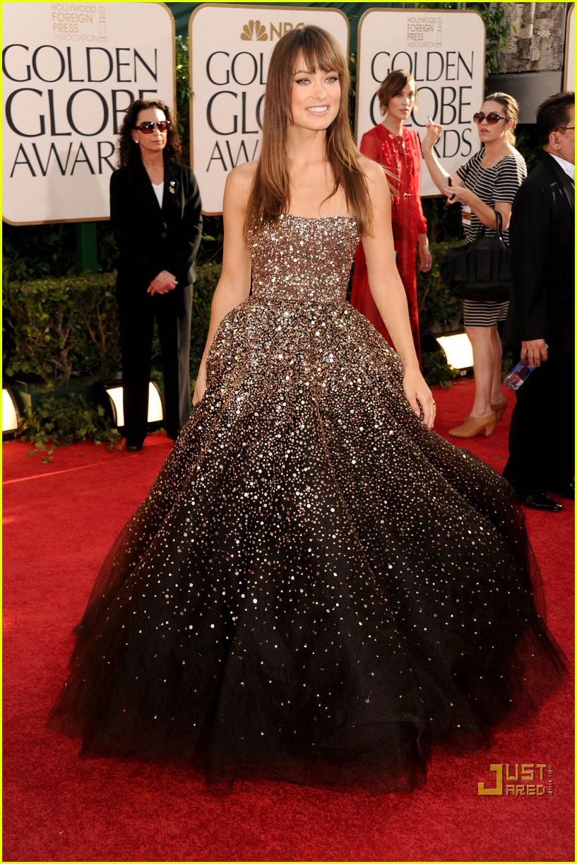 olivia wilde golden globes red carpet 2011 07