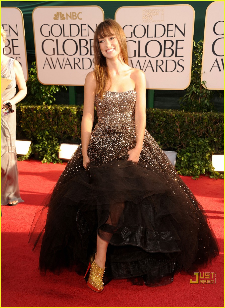 olivia wilde golden globes red carpet 2011 10