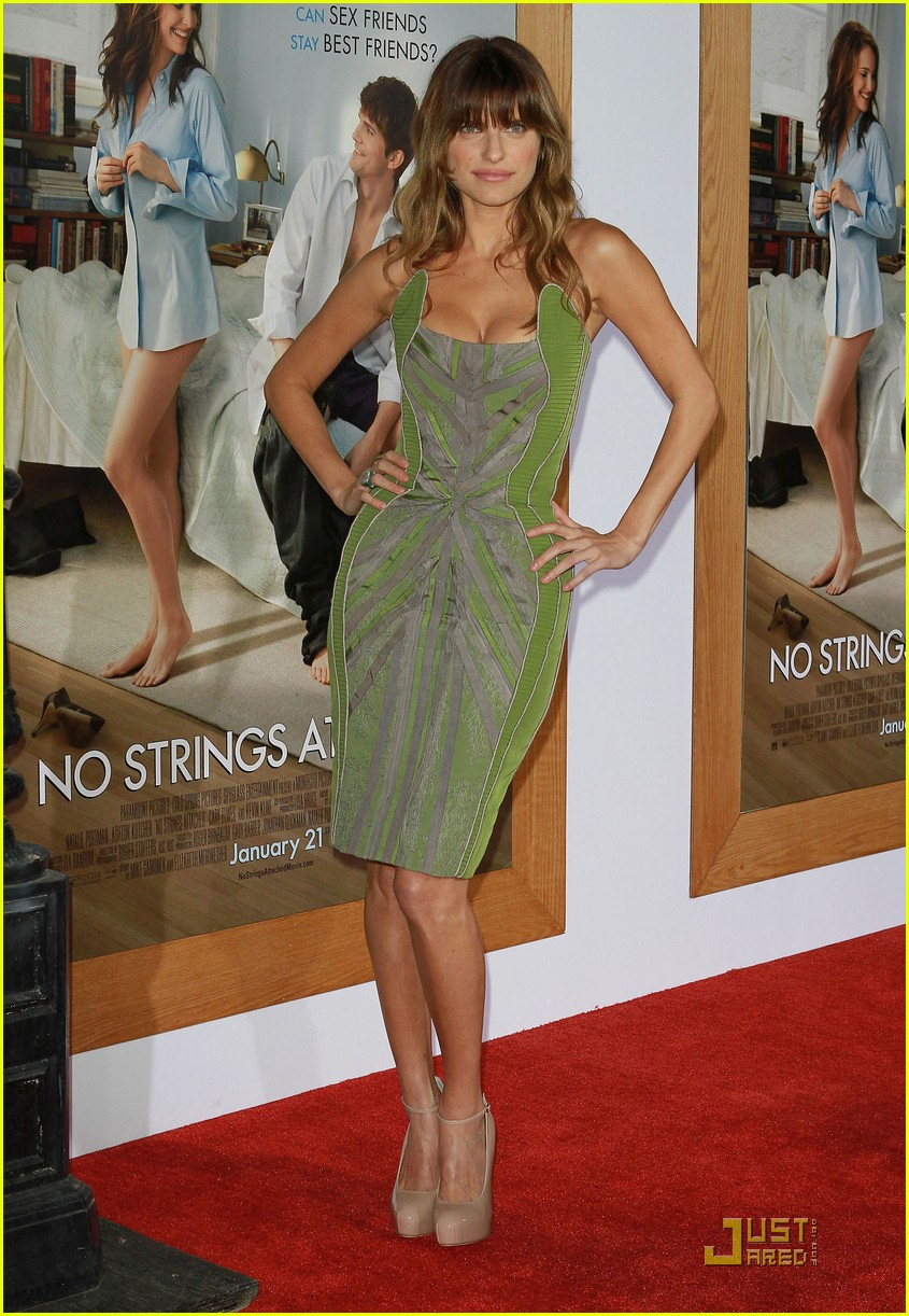 rumer willis lake bell no strings attached premiere 01