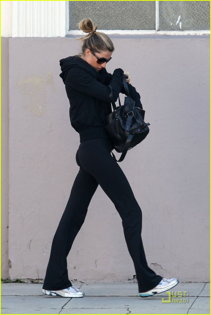 gisele bundchen monday morning gym 032521708