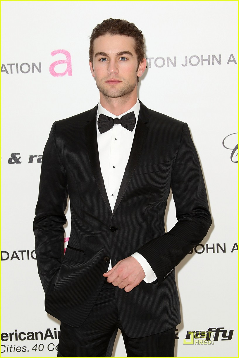 chace crawford matthew morrison oscars 2011 01
