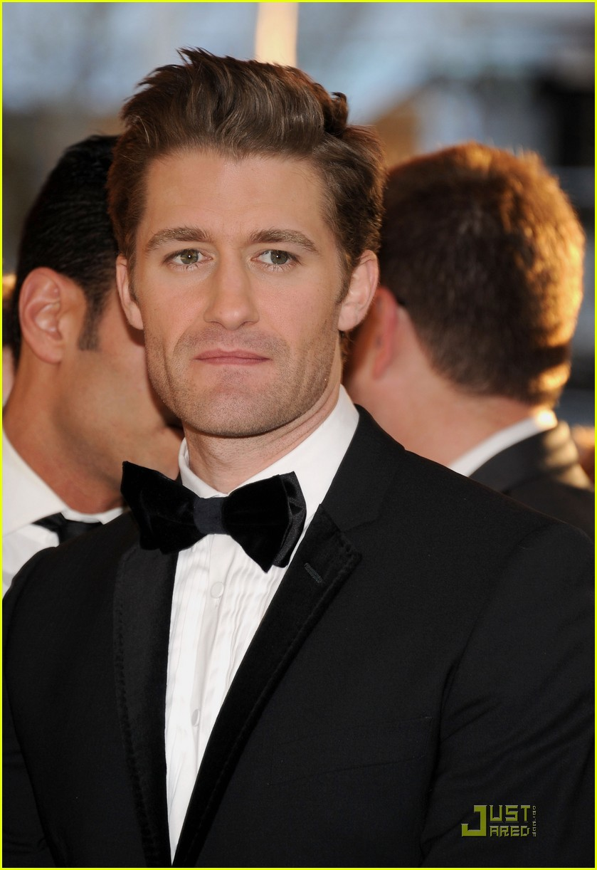 chace crawford matthew morrison oscars 2011 07