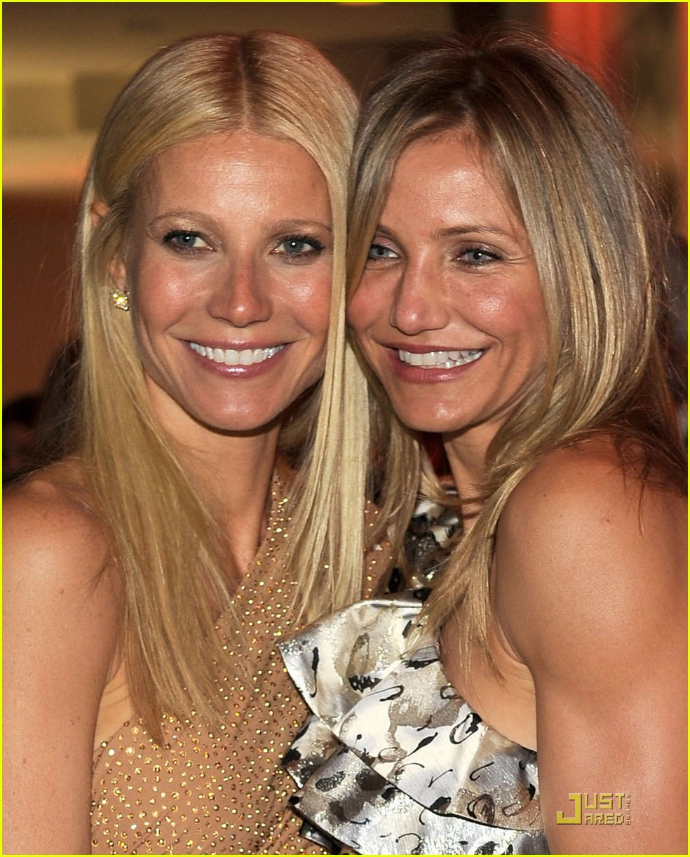 cameron diaz gwyneth paltrow vanity fair oscar party 03