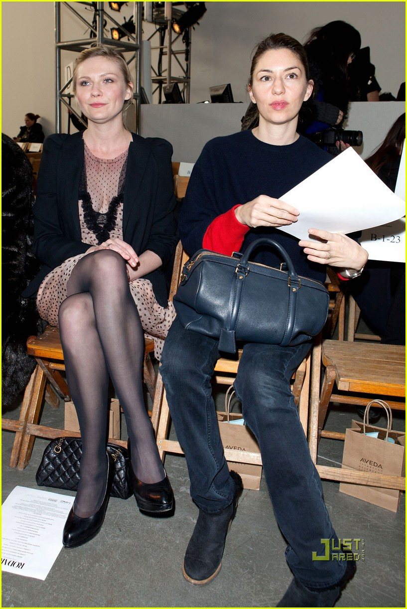 kirsten dunst sofia coppola rodarte fashion show 01