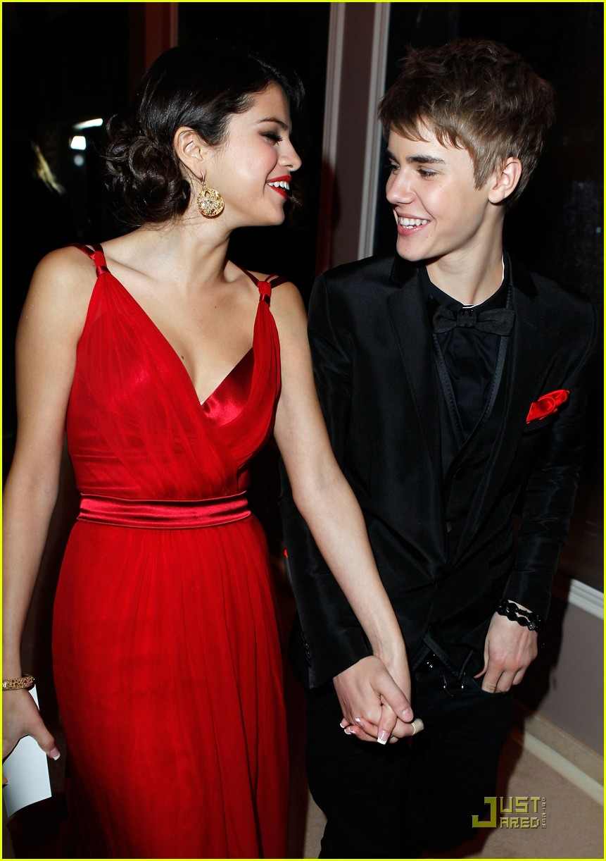 Justin Bieber And Selena Gomez Dating Games