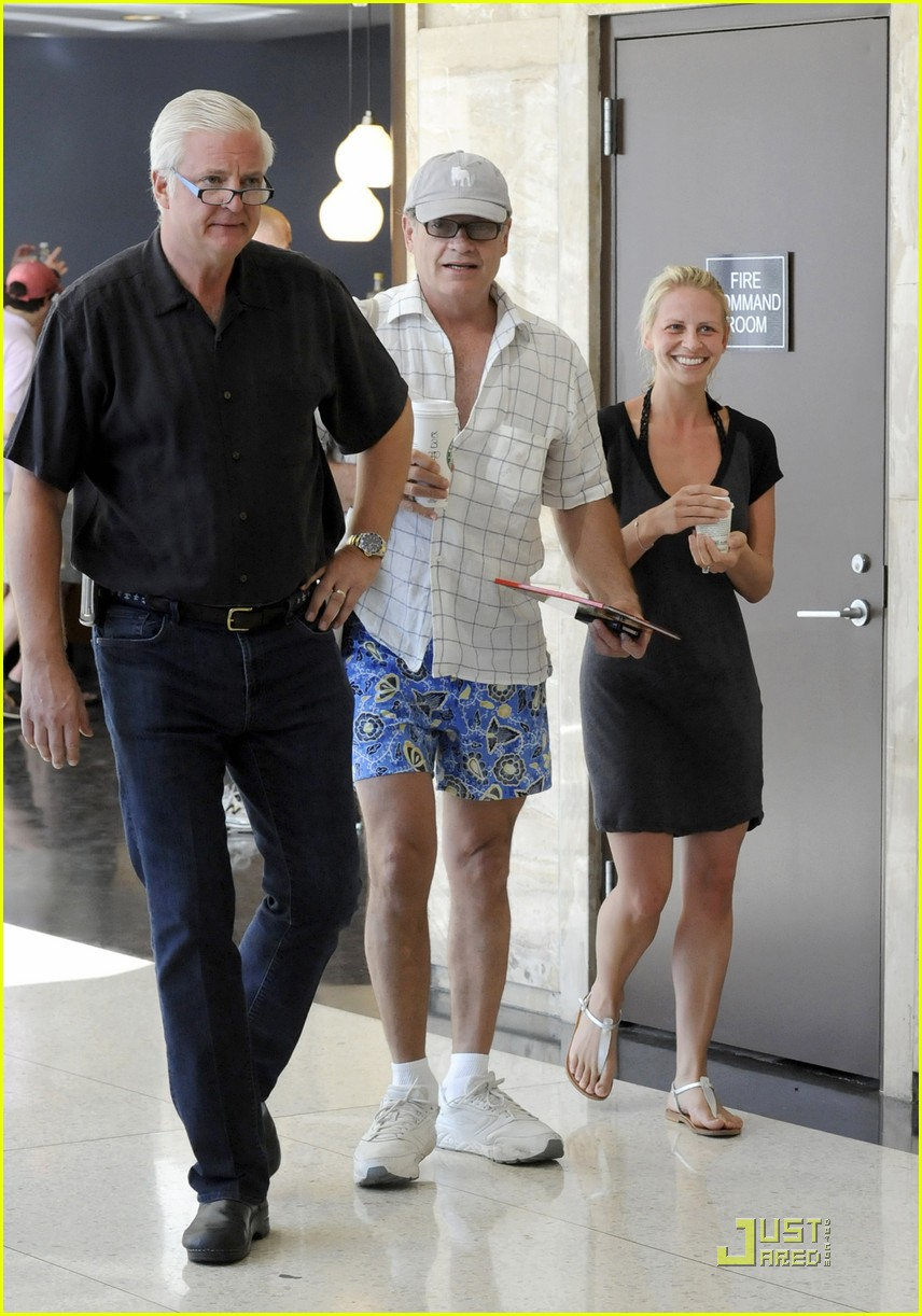 kelsey grammer miami fun with kayte walsh 09