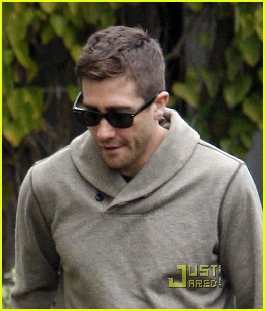 Jake Gyllenhaal Haircut 2018 Images Pictures Jake Gyllenhaal