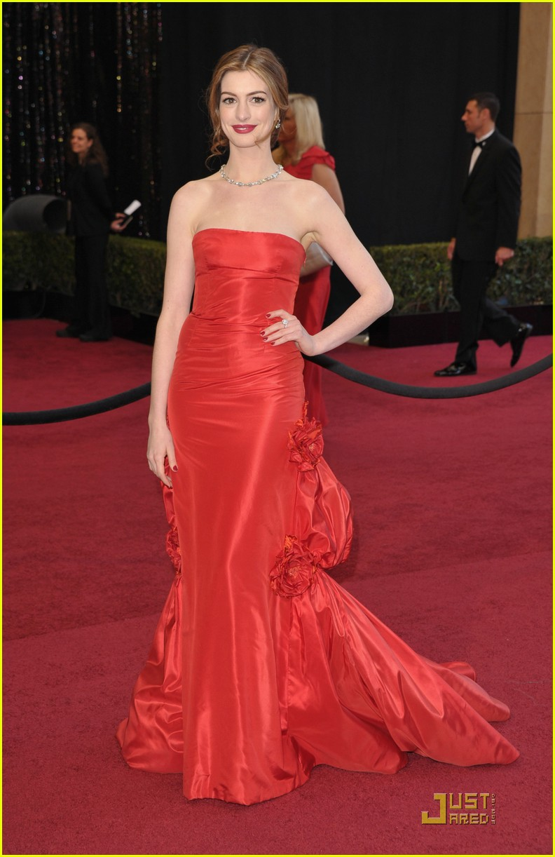 anne hathaway oscar roundup 04
