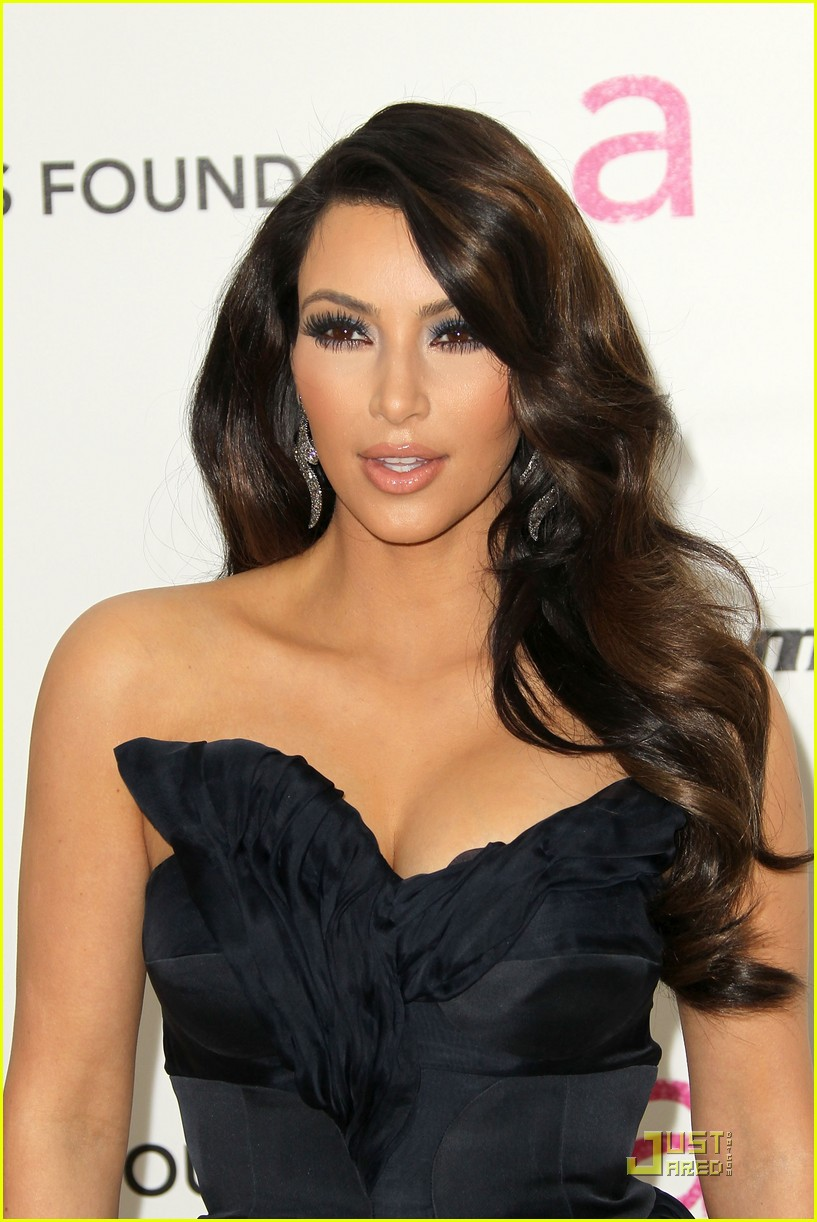 kim kardashian elton john 06