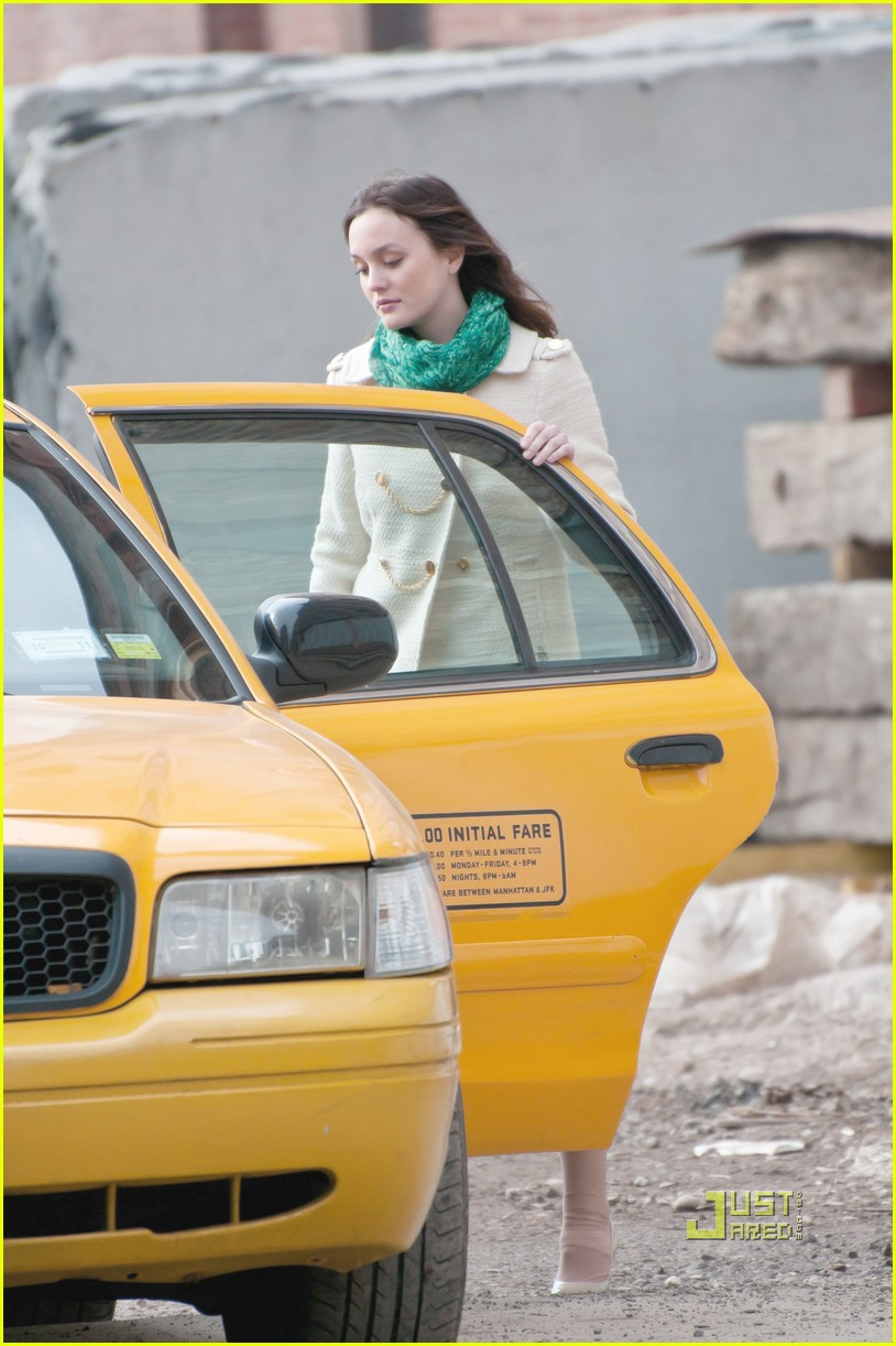 leighton meester gossip girl greenpoint brooklyn 01