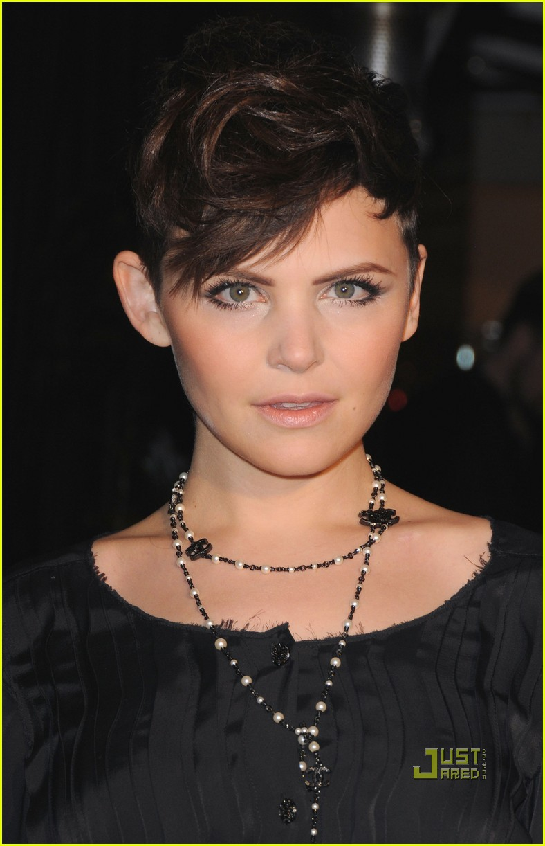 rashida jones ginnifer goodwin chanel charles finch dinner 06