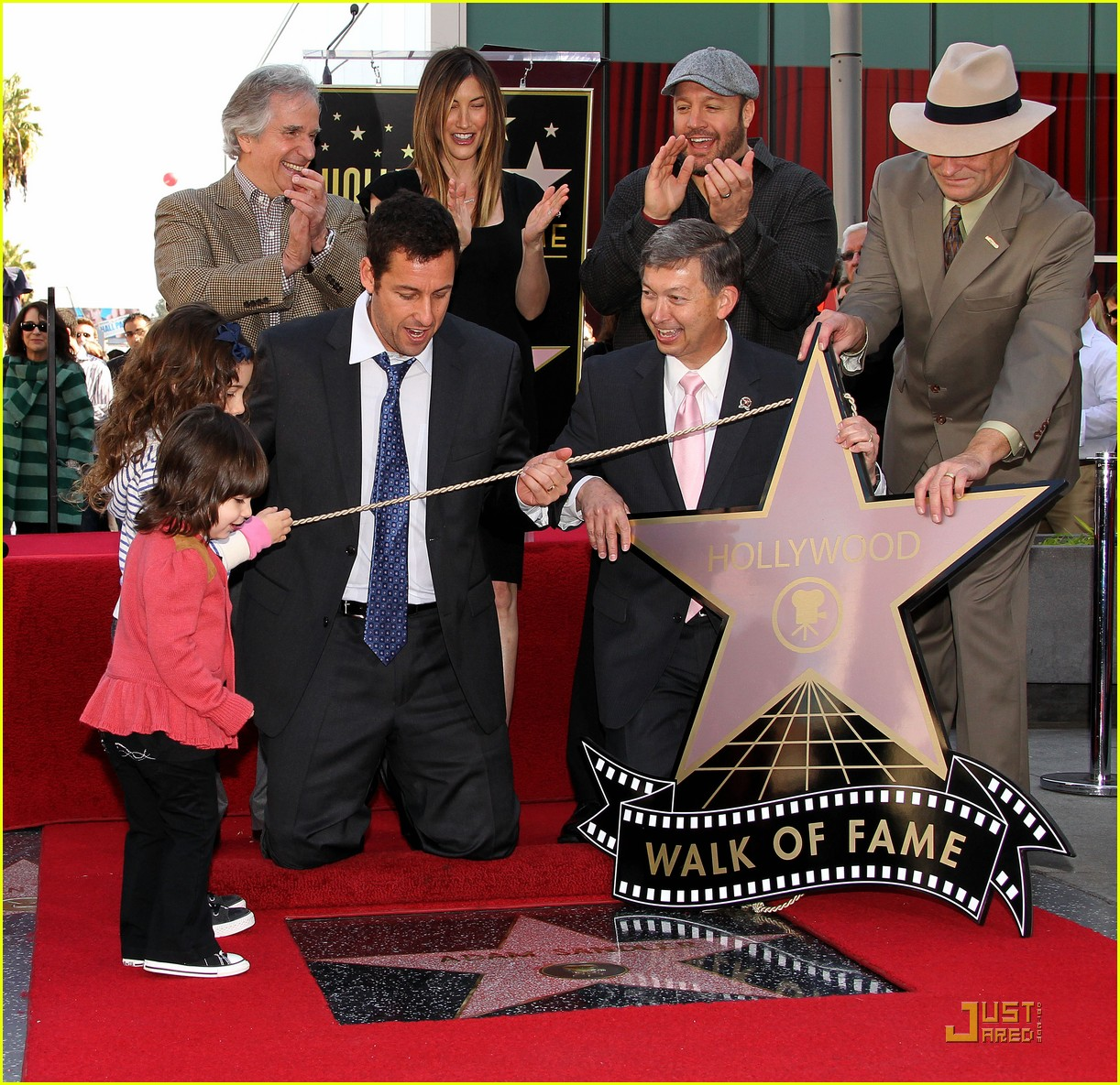 Adam Sandler Pictures >> Full Sized Photo of adam sandler hollywood star walk fame 13 | Photo 2516141 | Just Jared