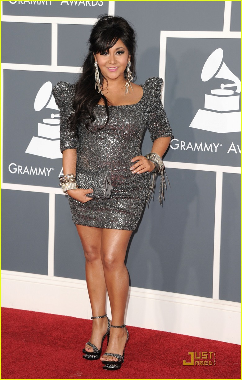 snooki situation grammys red carpet 01
