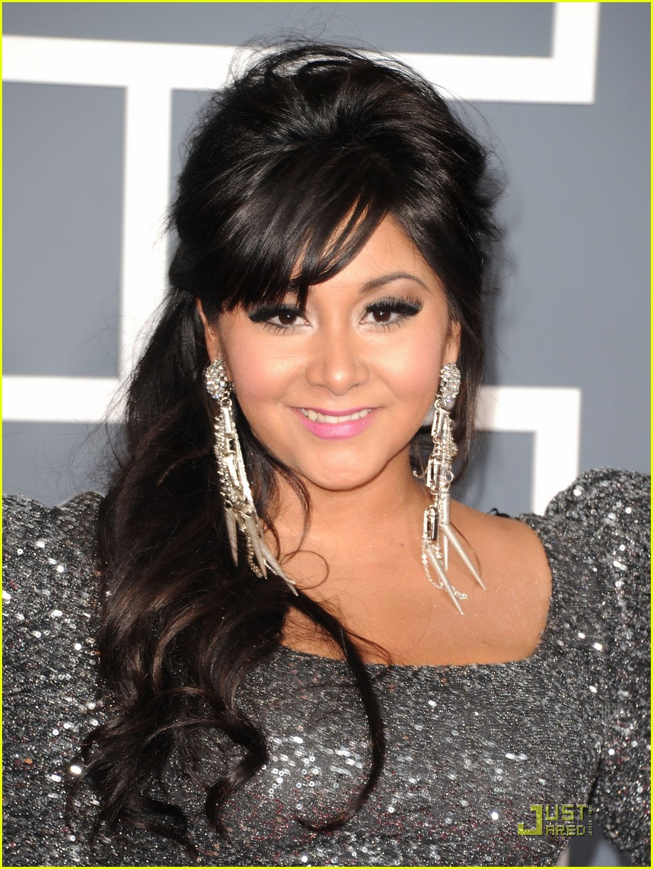snooki situation grammys red carpet 02