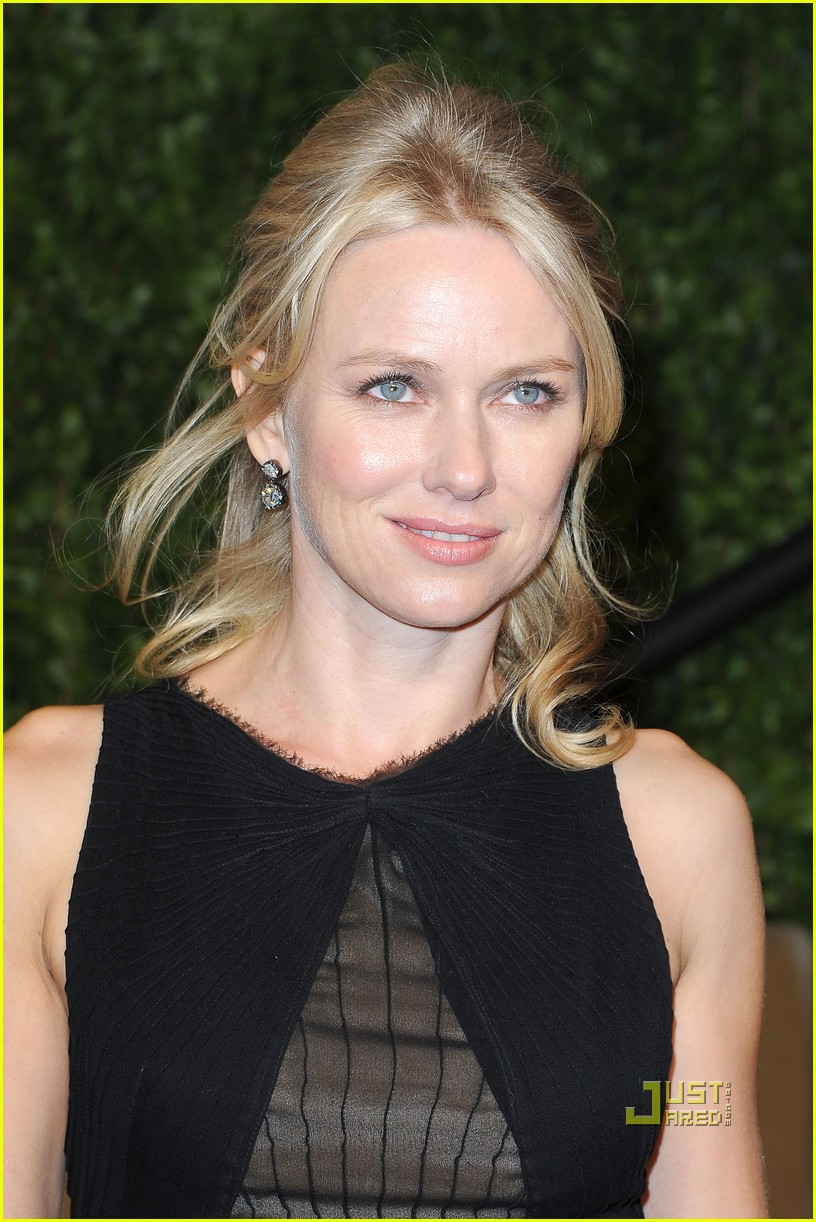 naomi watts vanity fair oscar party 01