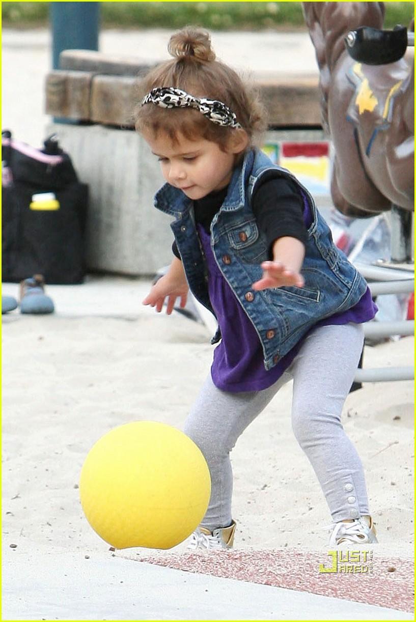 jessica alba nyc playground 122527575