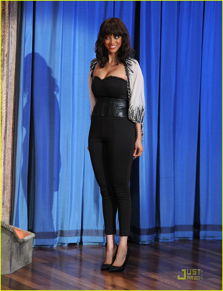 tyra banks jimmy fallon 12