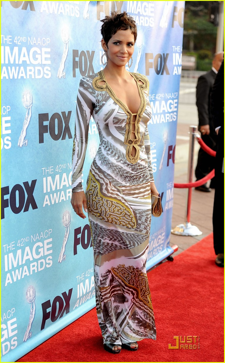 halle berry naacp image awards 05