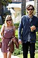 kate middleton kirsten dunst jason boesel sunday stroll 05