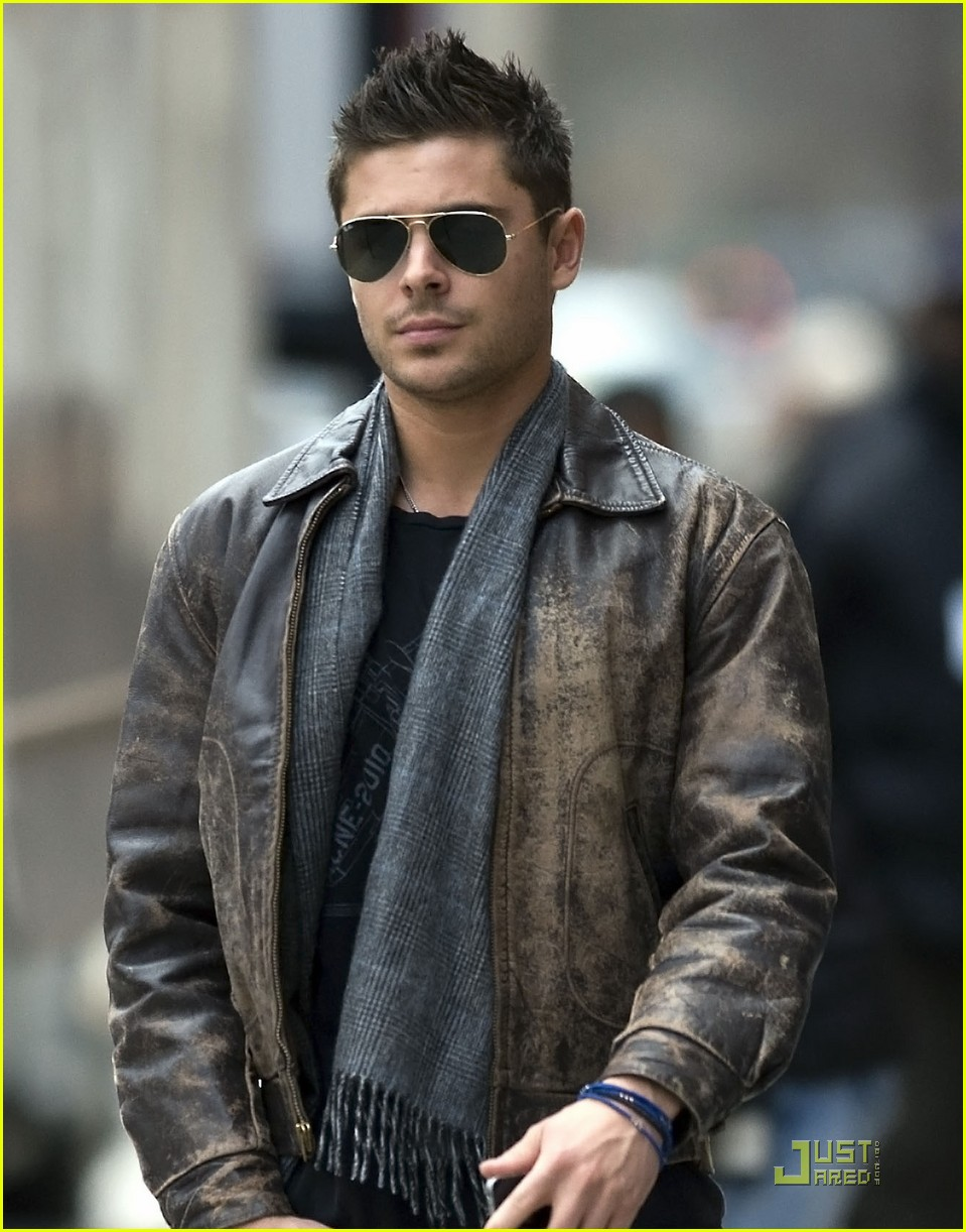 zac efron fan friendly 072524648