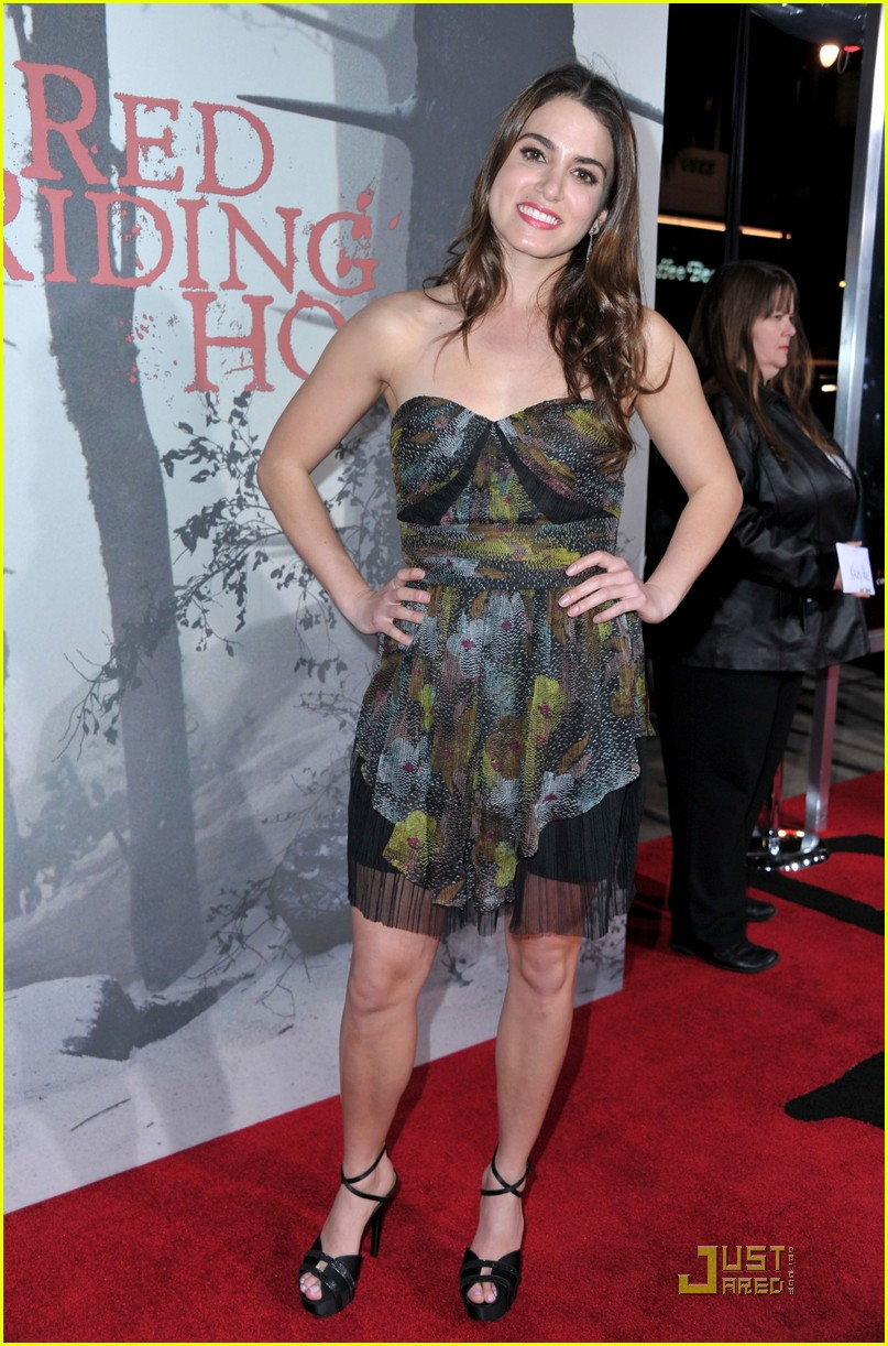 shiloh fernandez red riding hood premiere 07