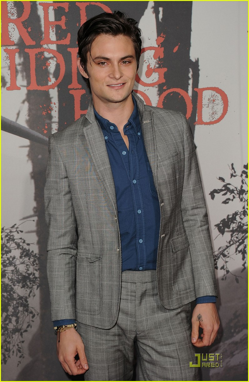 shiloh fernandez red riding hood premiere 21