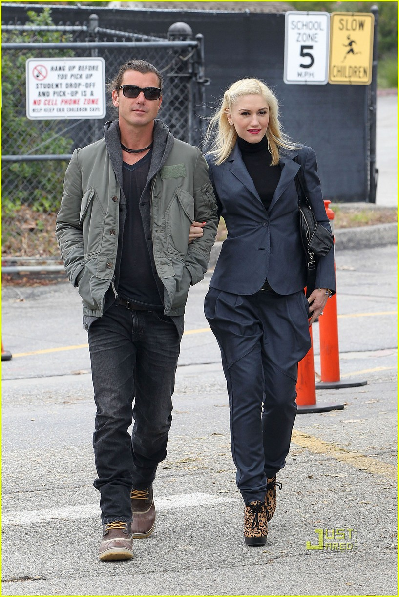 gwen stefani gavin rossdale kingston school 03