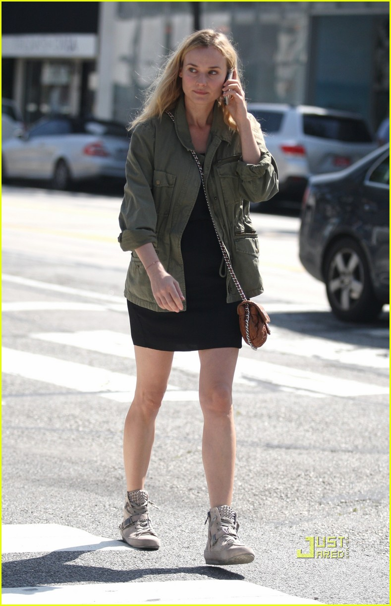 diane kruger military jacket phone 05