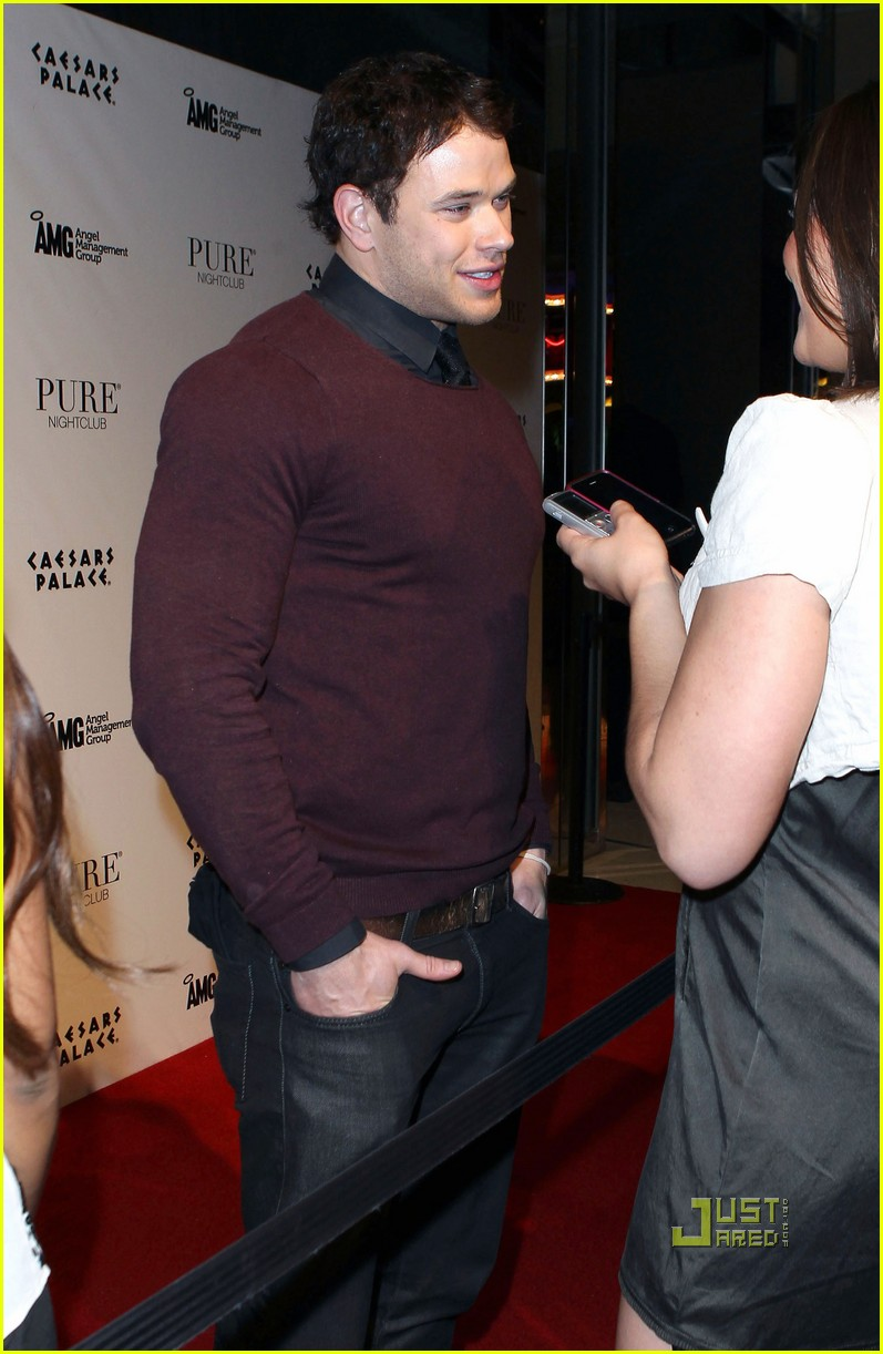 kellan lutz birthday pure nightclub 09