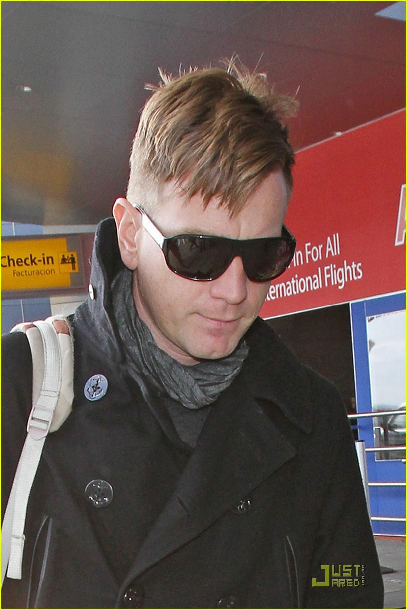 Awe Inspiring Ewan Mcgregor New Haircut Photo 2525305 Ewan Mcgregor Short Hairstyles Gunalazisus