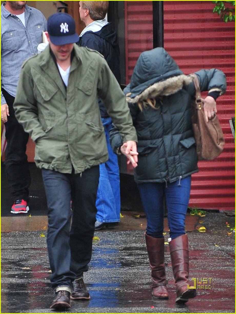 reese witherspoon jim toth church rainy day 072528993