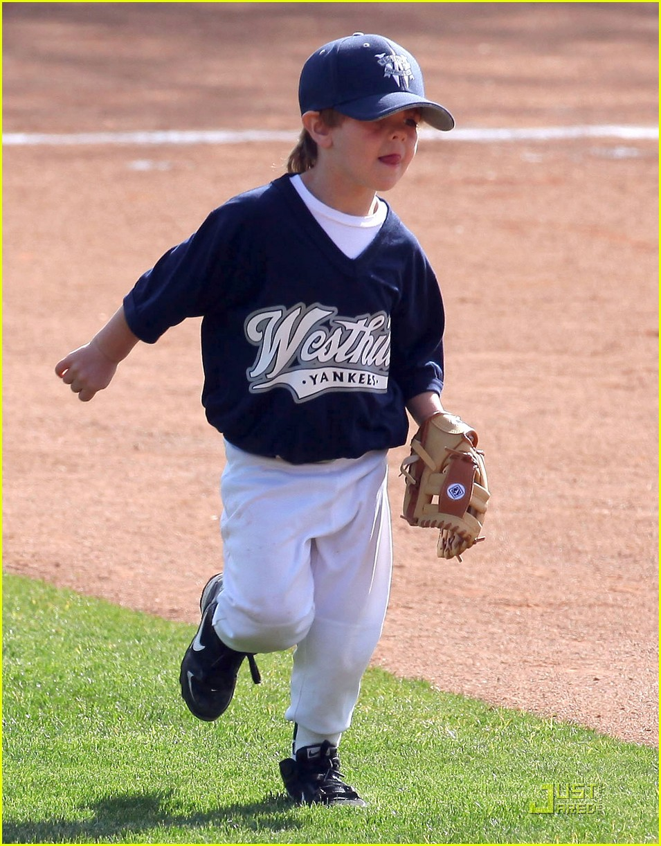 britney spears kevin federline reunite little league 03