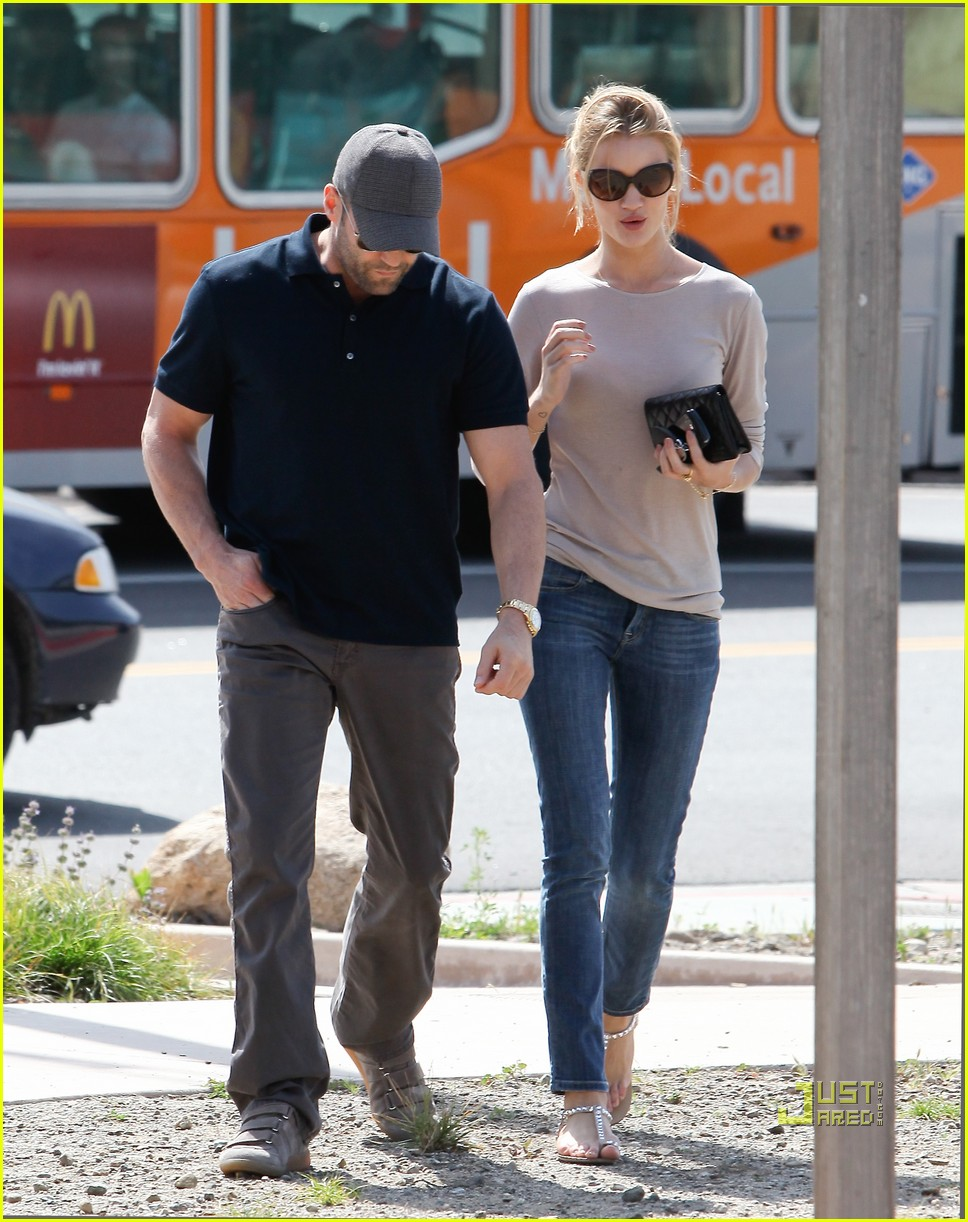 rosie huntington whiteley jason statham taverna 152528292