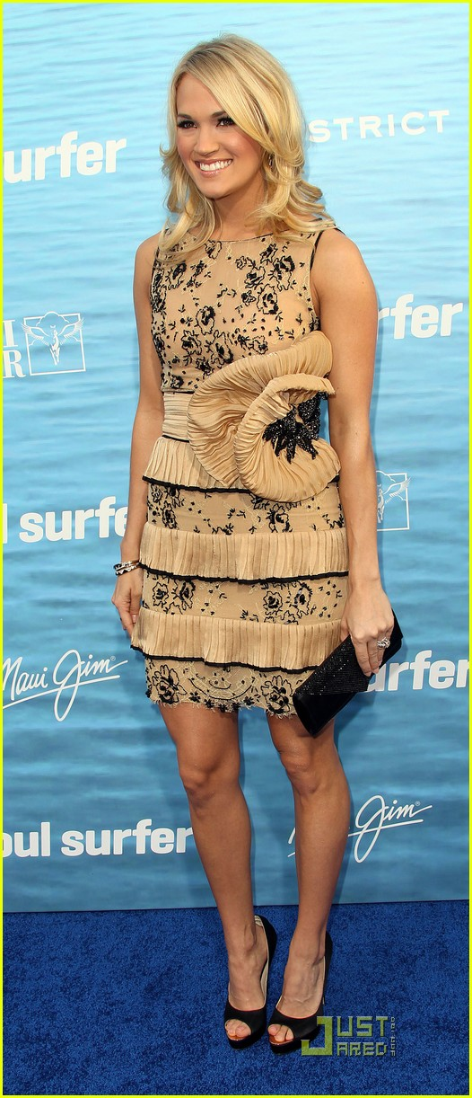 carrie underwood soul surfer premiere 042531672