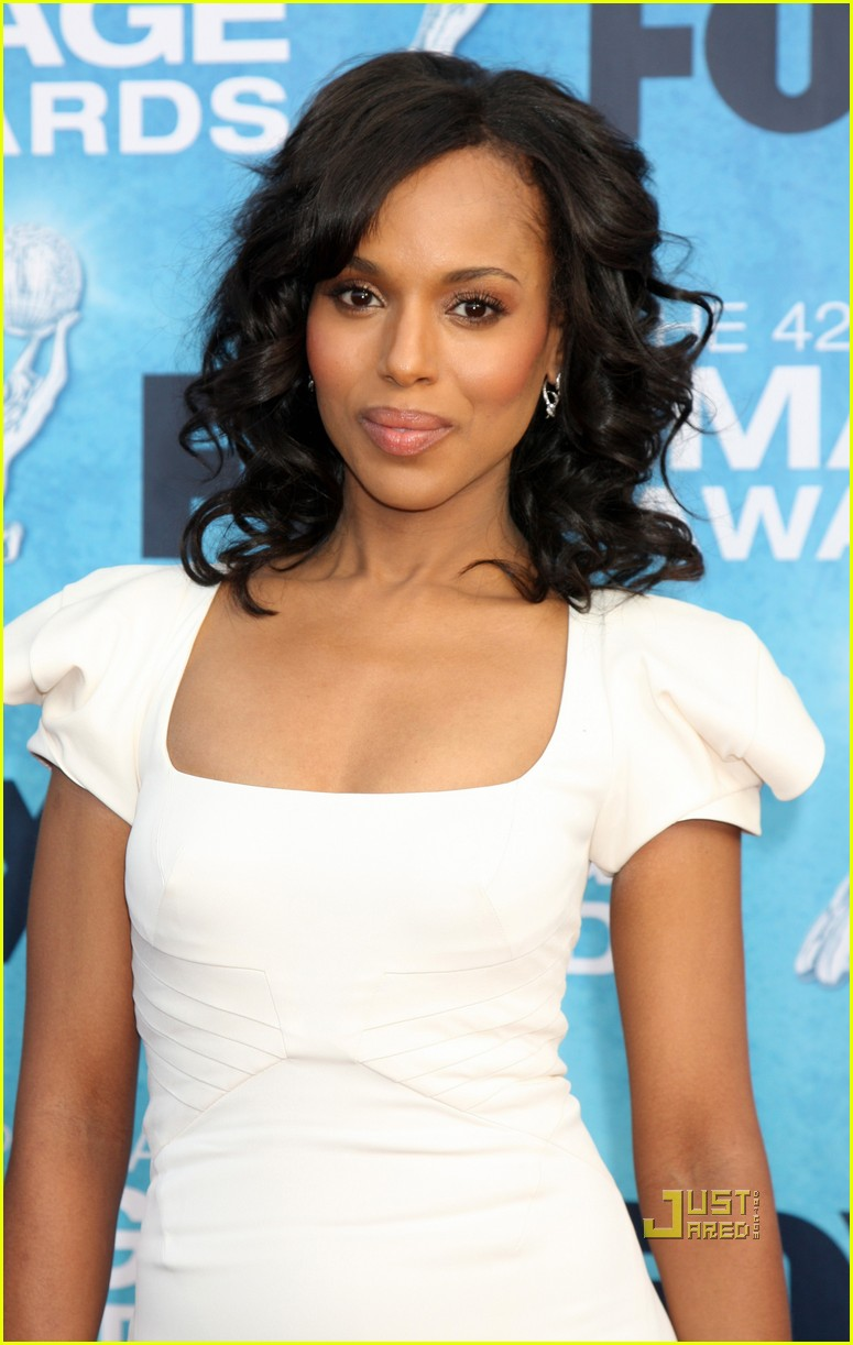 anika noni rose kerry washington naacp image awards 01