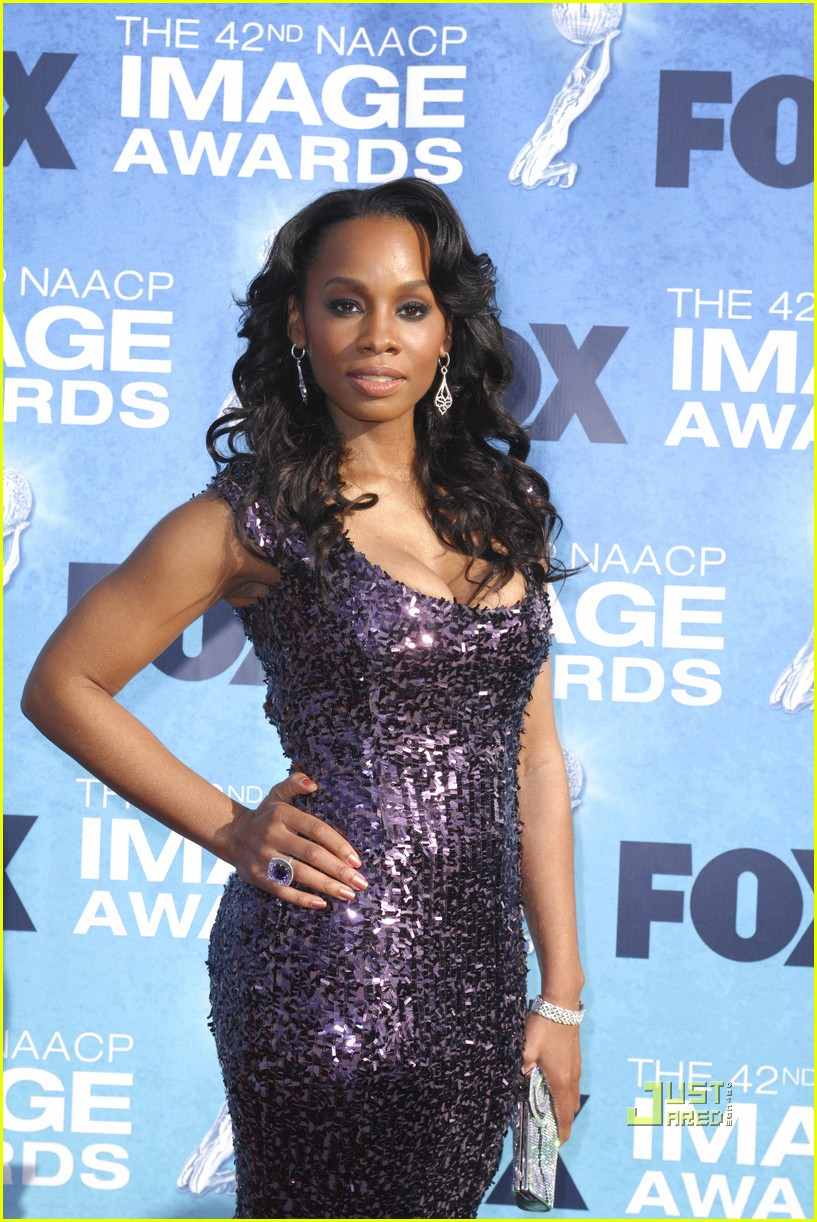 anika noni rose kerry washington naacp image awards 04