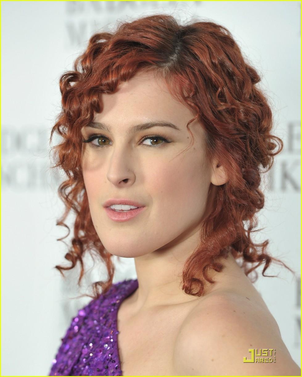 rumer willis badgley mischka flagship opening 10