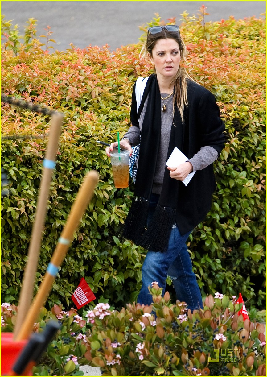 drew barrymore mandy moore food bank 10