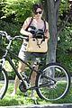 rachel bilson hayden christensen bike riding duo 08