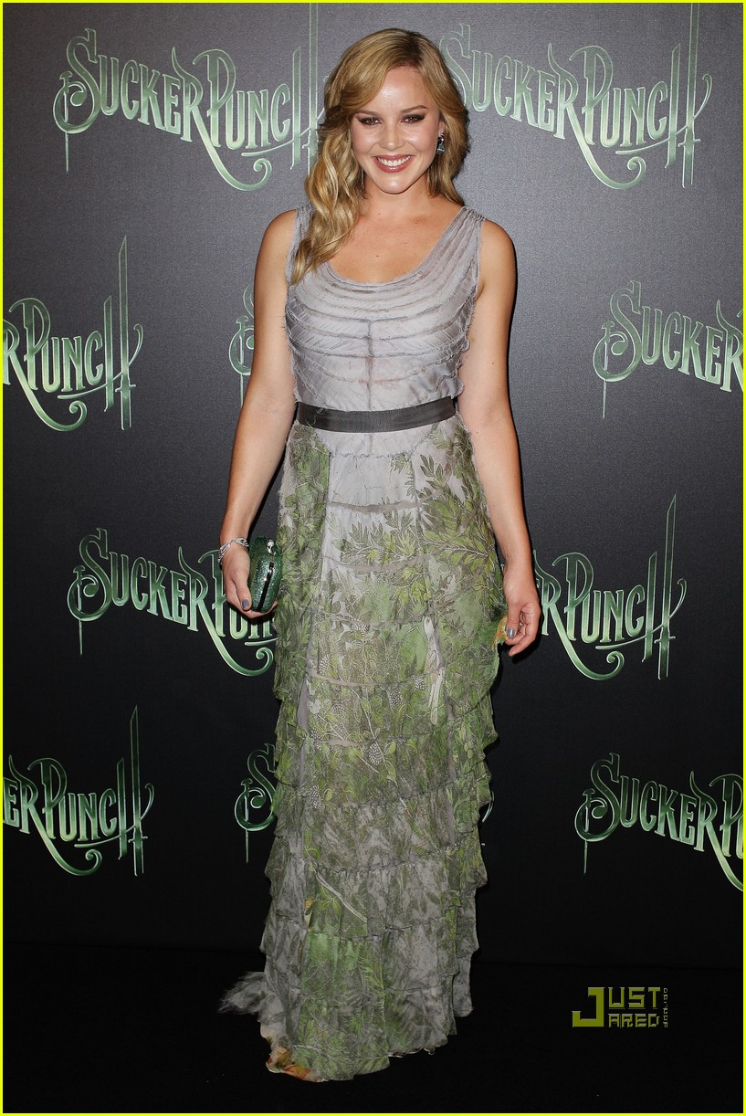 abbie cornish emily browning sucker punch australia premiere 01