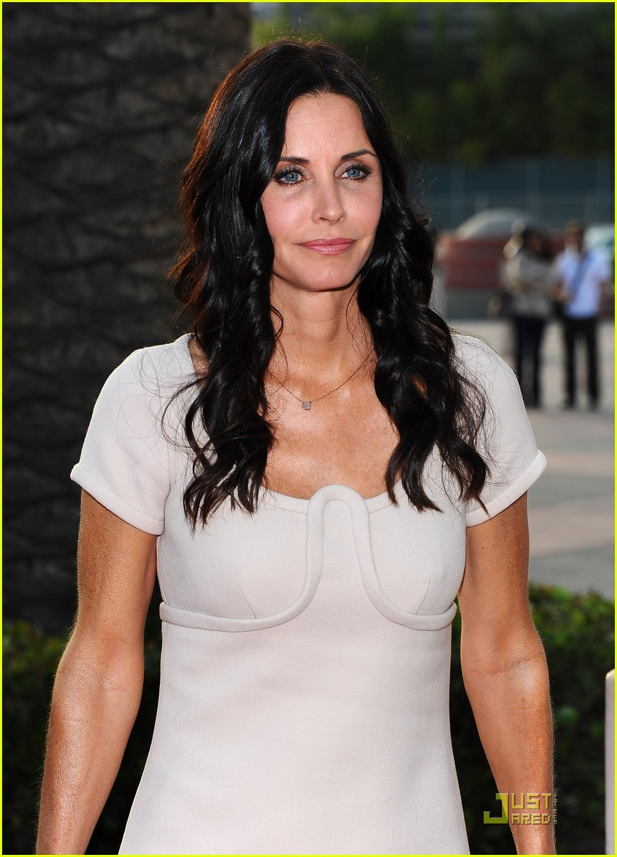 courteney cox cougar academymytext10
