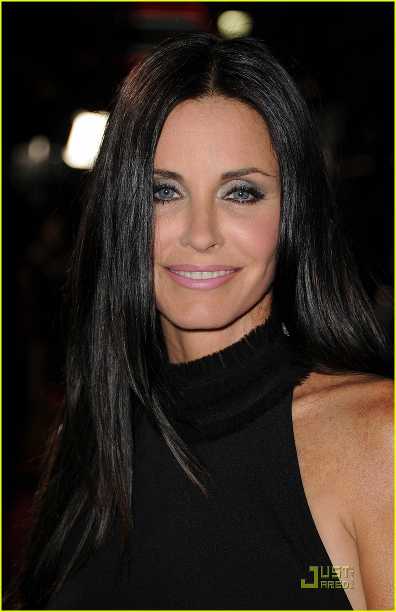 courteney cox david arquette neve campbell scream 4 premiere 16