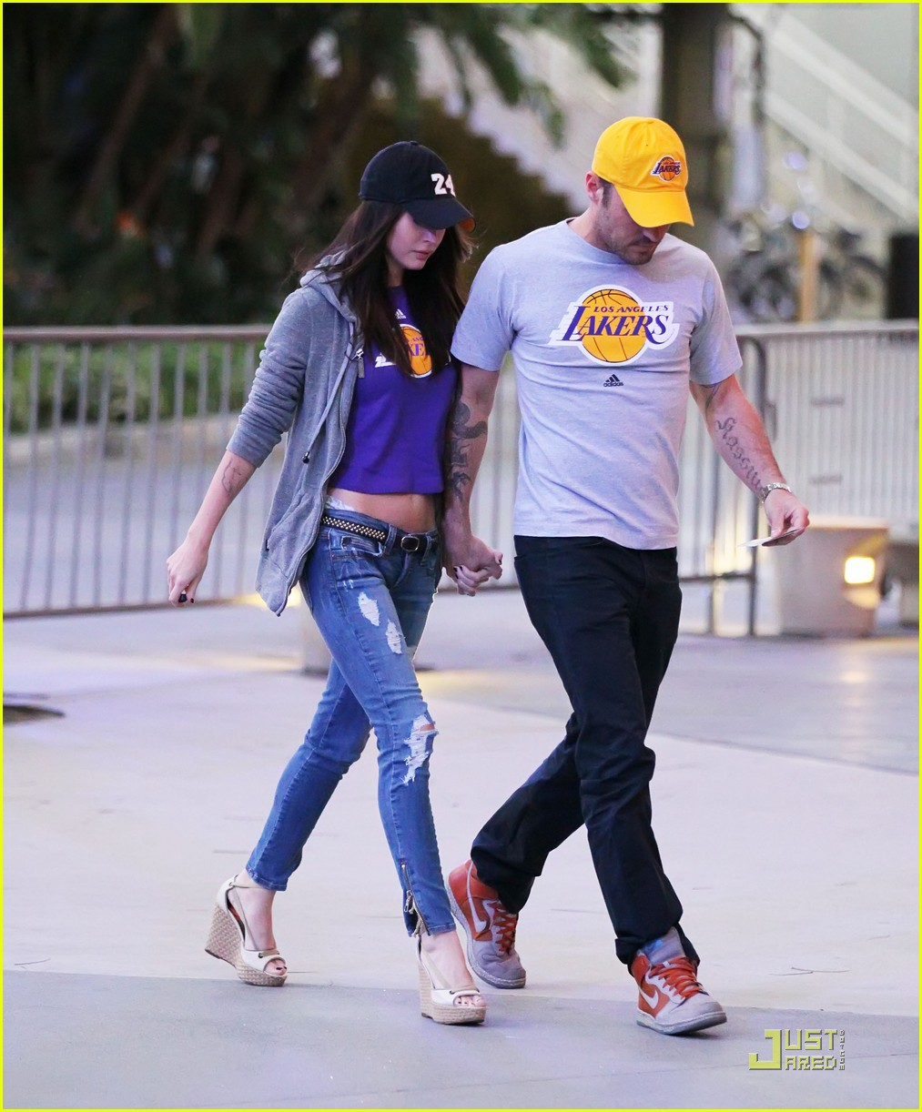 megan fox brian austin green lakers 02