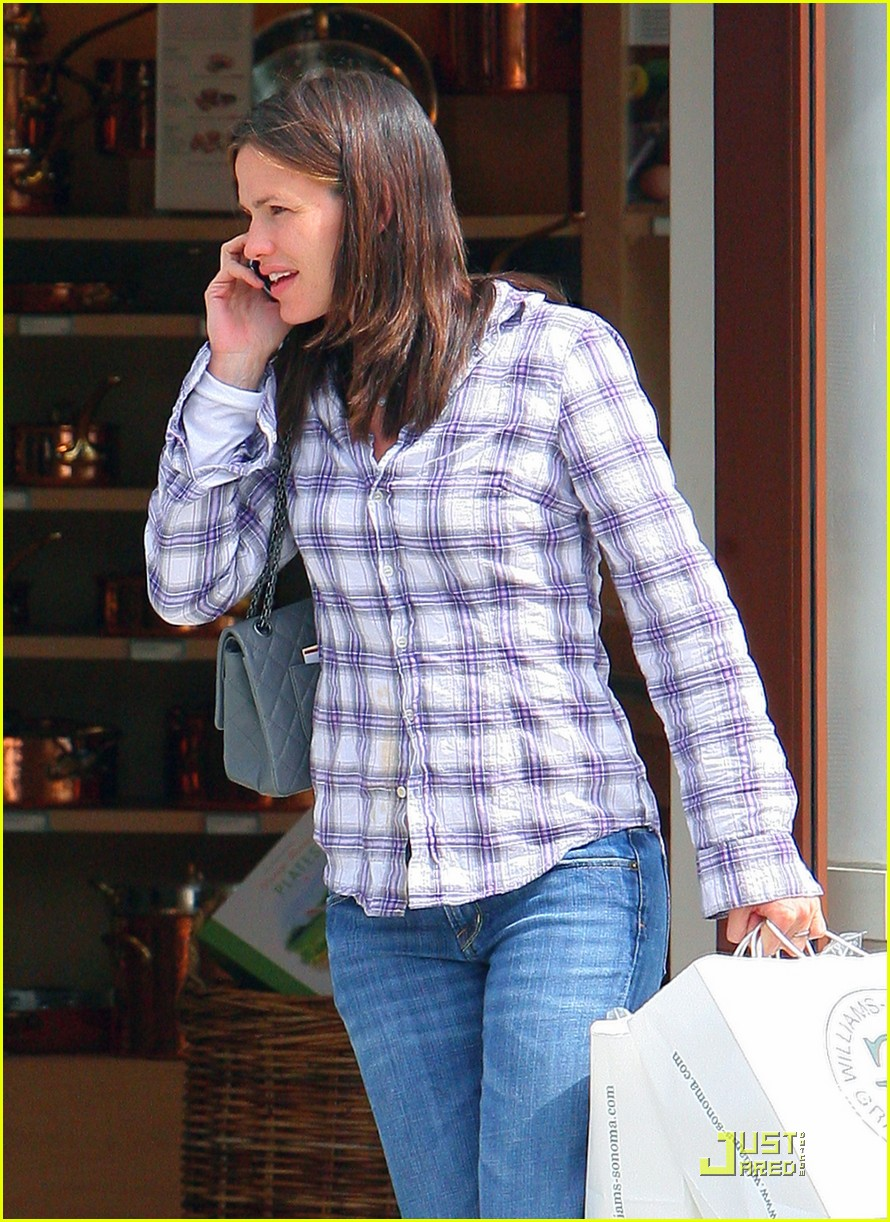 jennifer garner williams sonoma shopping 11